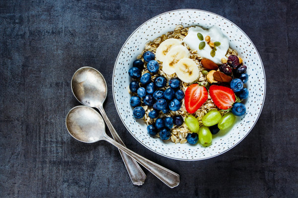 Here's Exactly What 9 Nutritionists Eat For Breakfast